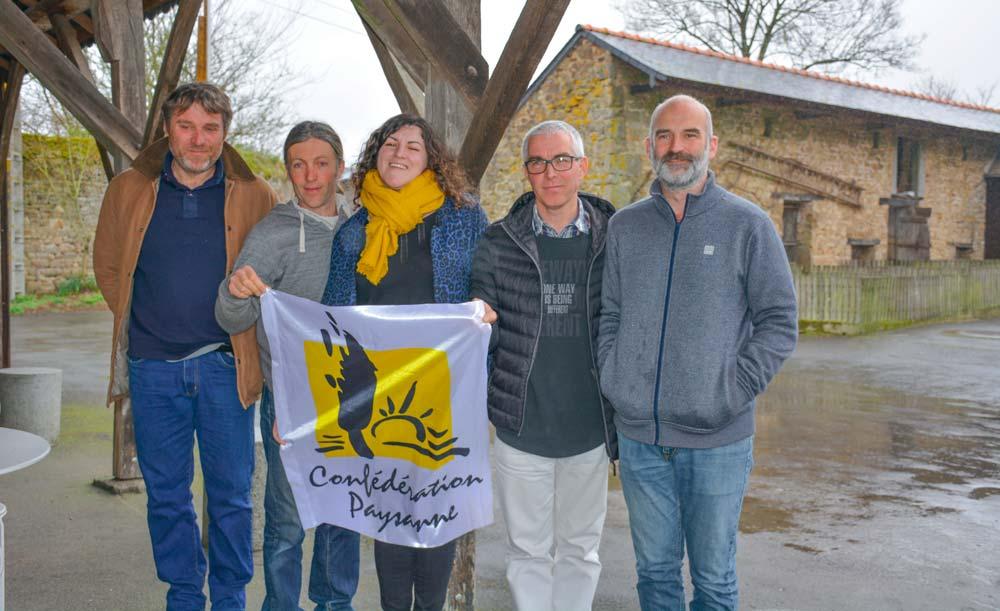 De gauche à droite : Stéphane Galais ; Mickaël Romé ; Charlotte Kerglonou-Mellier ; Éric Duverger ; Sébastien Vétil