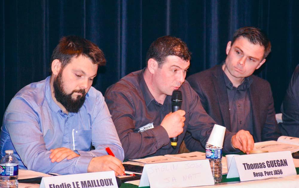 De gauche à droite: José Jaglin, JA national, Thomas Guégan et Kevin Thomazo, JA 56, lors de l'assemblée générale du syndicat la semaine dernière à Grand-Champ.