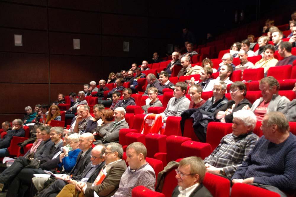 Les producteurs ont apprécié l'intervention de Jean Le Cam qui a su identifier les points communs entre son métier et celui d'un producteur de lait.