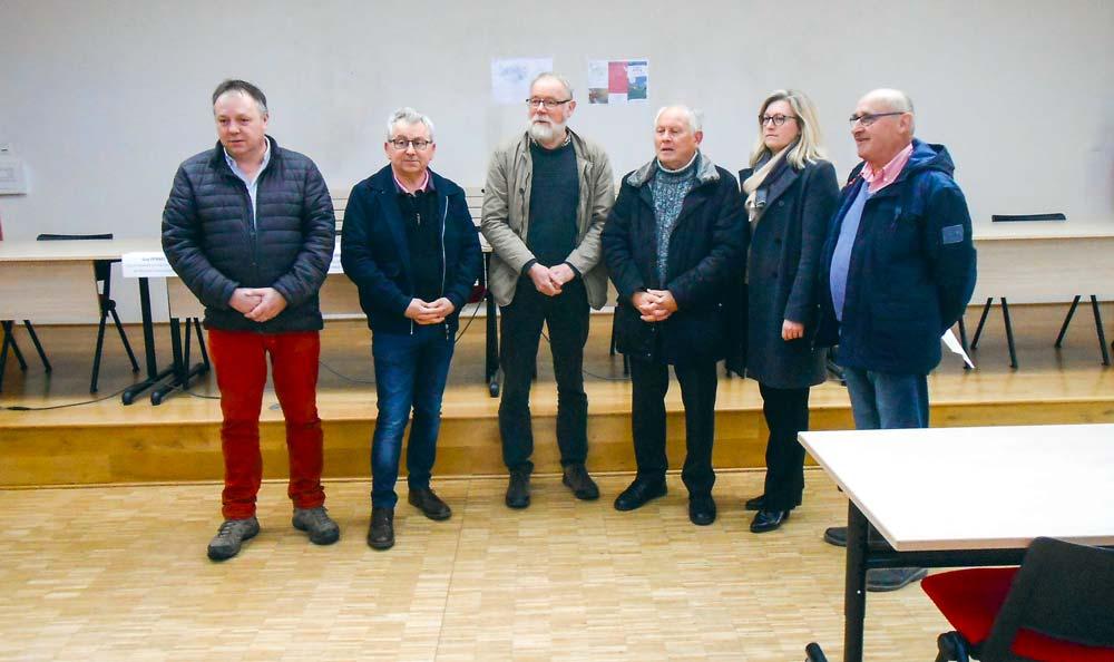 Les signataires du contrat multipartites pour le concours des prairies naturelles « Prajoù an Arvorig ».