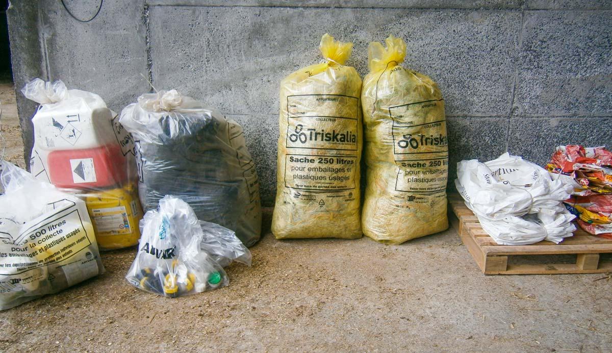 """""""Collectons et Recyclons !"""" La préparation des emballages est très importante pour assurer leur collecte."""